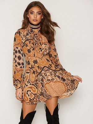 Elodi Mini Dress - Cocktailklänning.se