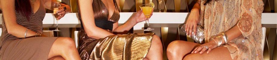 Vårens hetaste trender på cocktailklänning